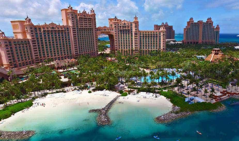 Audrey Oswell, die ongeveer een jaar werkzaam is bij Atlantis Paradise, is voorgesteld als de nieuwe directrice van het resort.
