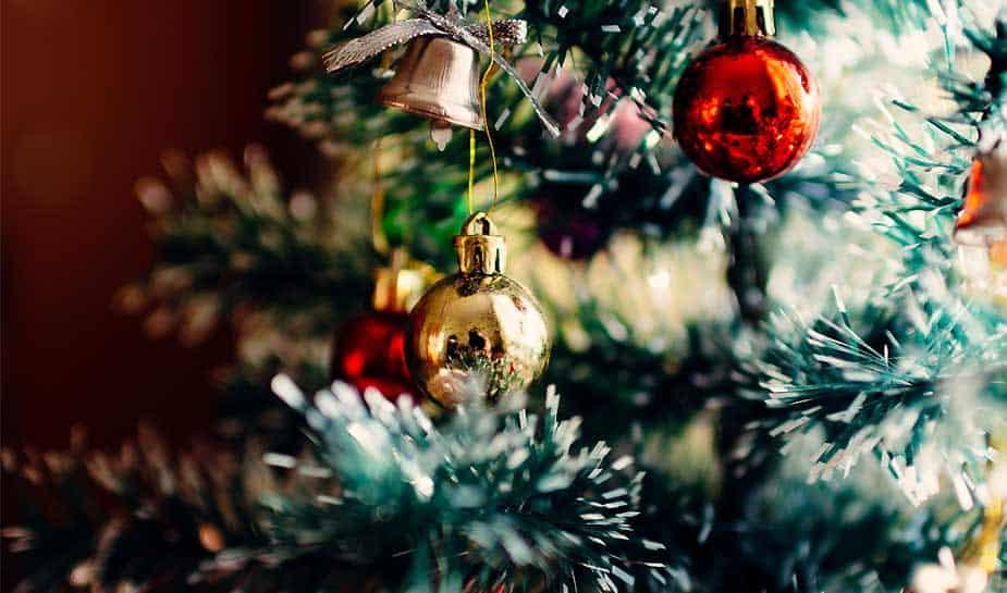 Nog geen plannen met de kerstdagen? Holland Casino Scheveningen is op kerstavond, 1e én 2e kerstdag geopend. Meer weten over het kerstprogramma? Lees meer.