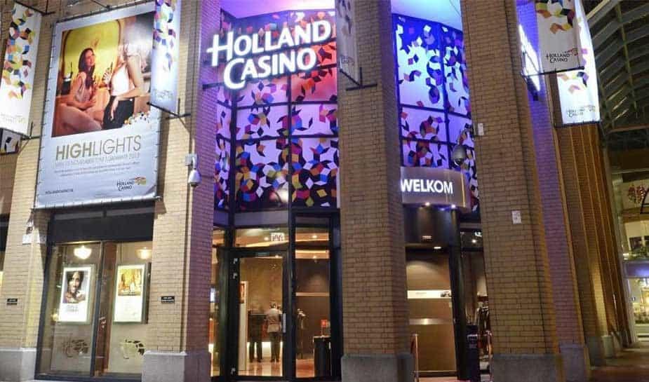 Gasten Holland Casino Eindhoven schenken 4000 euro aan goede doel