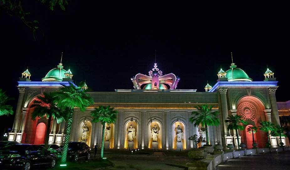 Vergeet Las Vegas en het Chinese Macau. Myawwady is thé place to be als het gaat om gokken en casino's bezoeken. Lees hier verder over de ontwikkelingen in de Birmese plaats Myawwady...