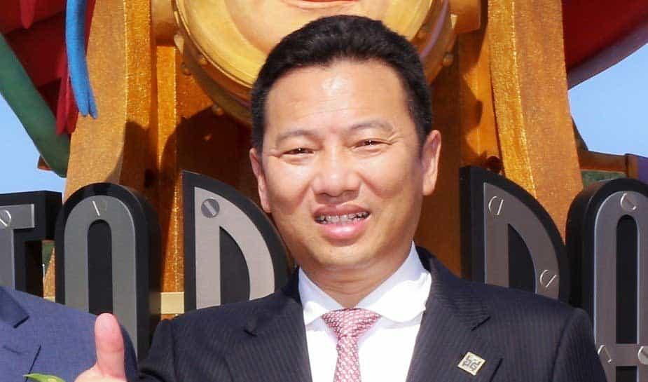 Wat doe je als je als Chinese investeerder een casino bouwt voor Chinezen, en dat de Chinezen niet naar het casino kunnen komen? Yang Zhihui wist met nogal een opmerkelijke oplossing te komen. Wat de oplossing was? Je leest het op Online Casino Ground!