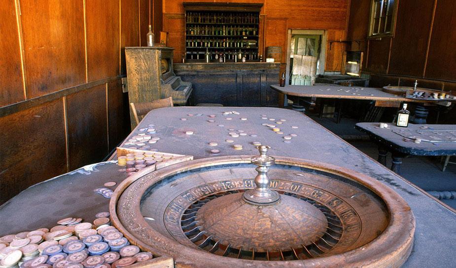 verlaten roulettewiel in casino