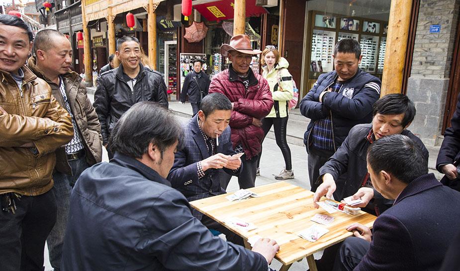 chinese gokkers kaarten buiten om geld
