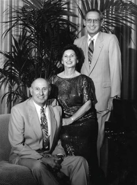 Pete Cladianos jr , Katherene en John in 1995
