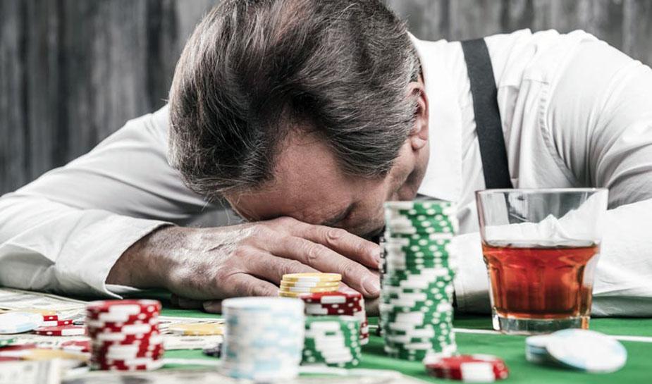relatie tussen gokverslaving en armoede